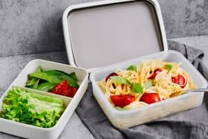Envases alimentarios de plástico, salud e indicios de cáncer